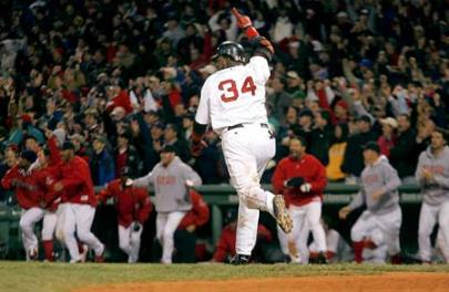 http://kevishere.files.wordpress.com/2010/10/david-ortiz-game-5.jpg