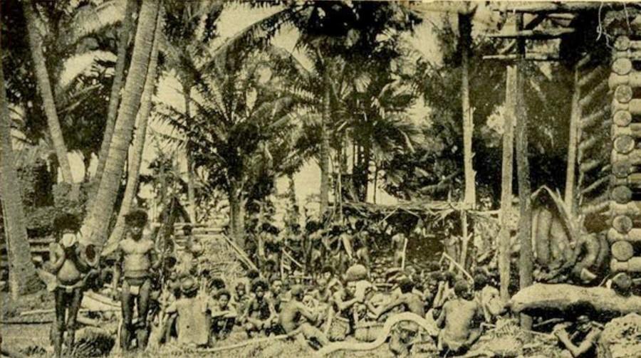 A Harvest Scene (Malinowski 1929, plate 57).