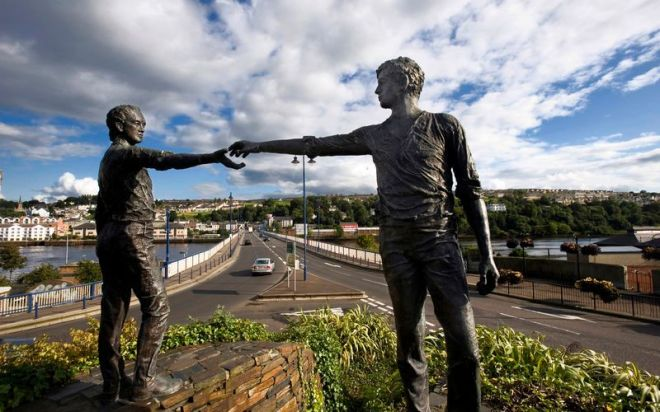 hands-across-derry